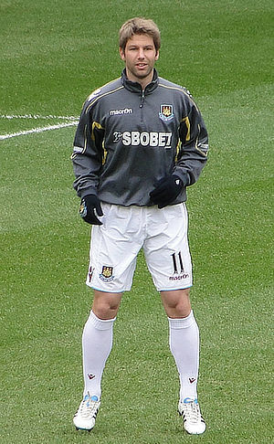Thomas Hitzlsperger - Hitzlsperger with West Ham, March 2011