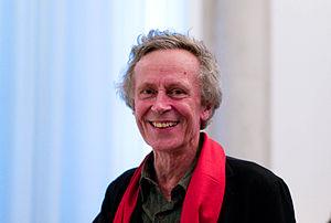 Canadian sociologist Derrick de Kerckhove