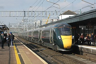 Didcot Parkway railway station - Image: Didcot GWR 800017+800016 arriving from Swansea