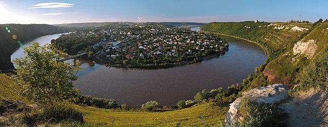 Вікіпедія відібрала 12 найкращих ландшафтних фото України