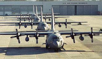 Dobbins Air Reserve Base - Image: Dobbins c 130s