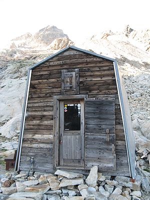 Mont Dolent - Image: Dolent Bivouac Hut (Fiorio Refuge)