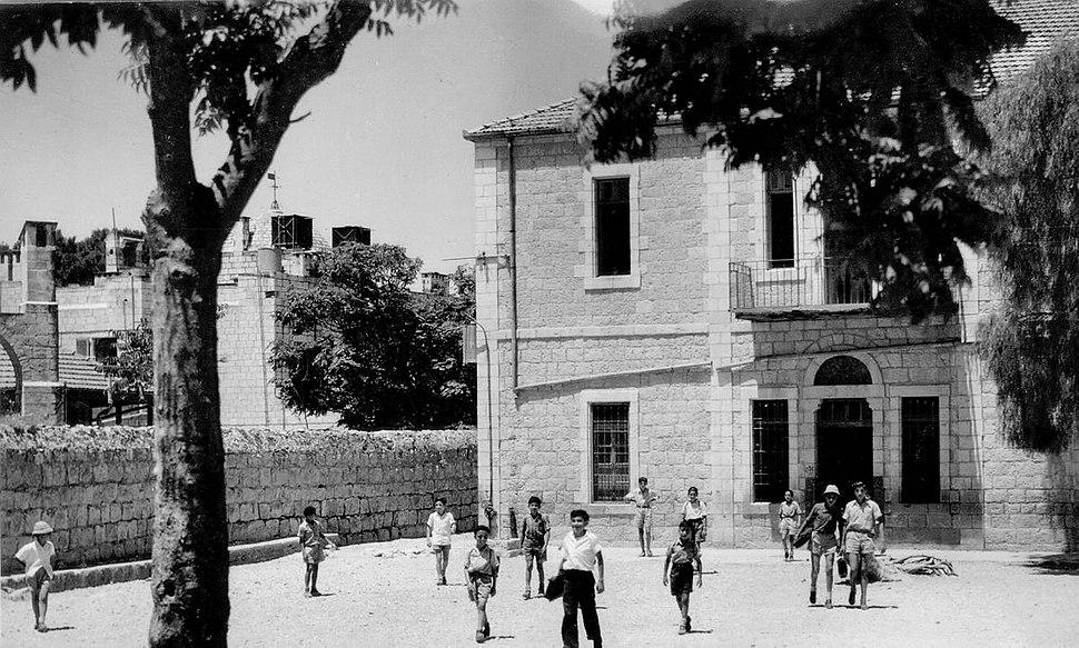 Doresh Zion 1951