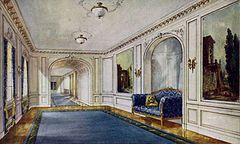 Drawing of the gallery of the RMS Aquitania.jpg