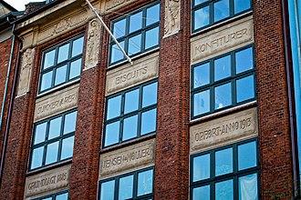 Dronningensgade - Image: Dronningensgade 77 facade