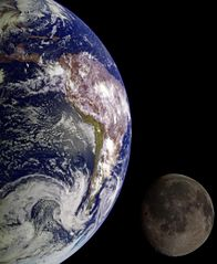 Earth & Moon by Galileo.jpg