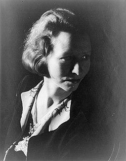 Edna St. Vincent Millay.jpg