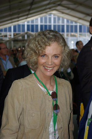 Paul Cézanne University - Élisabeth Guigou, Minister of Justice of France from 1997 to 2000