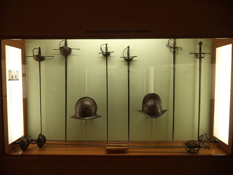 File:Espadas y morriones.JPG