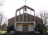 Estrées-sur-Noye église 2.jpg