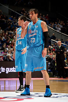 Estudiantes vs Unicaja Málaga - Carl English - 03.jpg