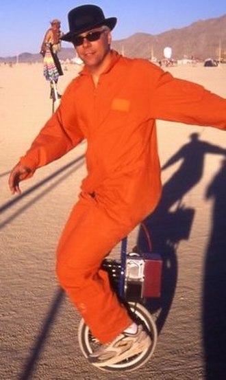 Electric unicycle - Trevor Blackwell demonstrates his prototype