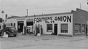 Williston, North Dakota - Gas station at Farmers' Cooperative in Williston, 1941.  Photo by Marion Post Wolcott.