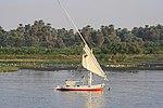 Felukenboot mit der Seteesegel auf dem Nil..Eg2010 1321WI.jpg