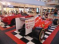Ferrari F1 cars@MareMagnum Barcelona 01.jpg
