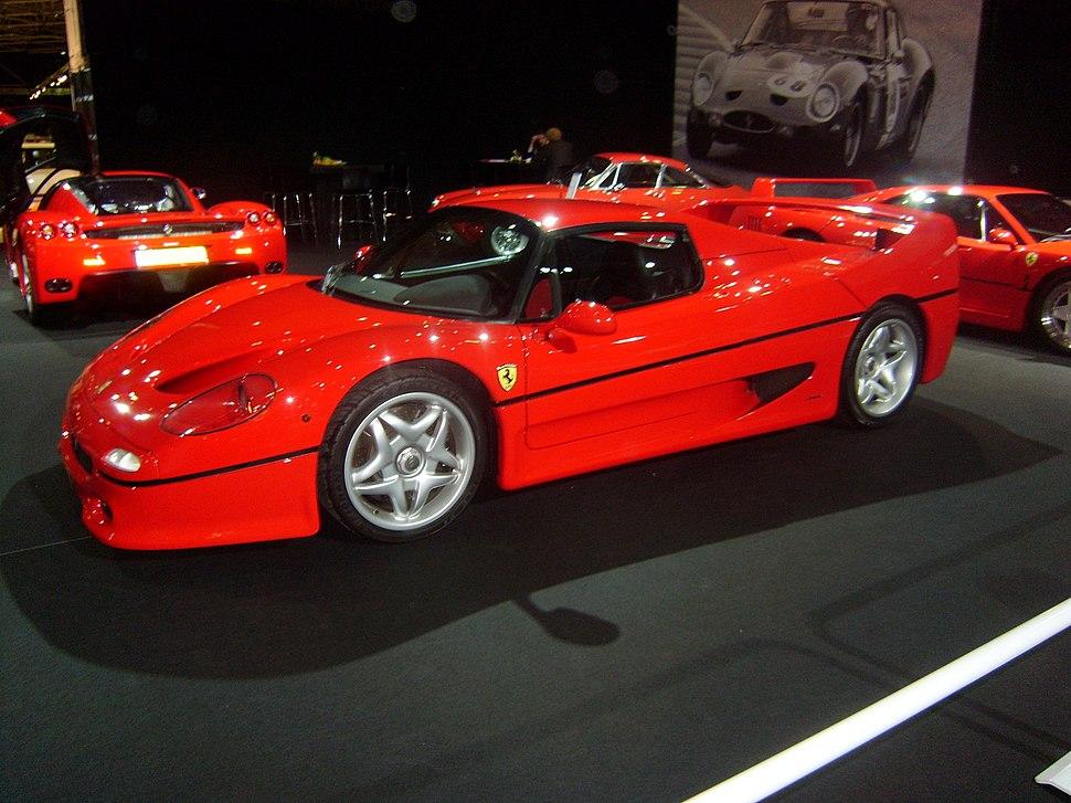 Ferrari F50 auto rai