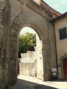 Porta Modenese