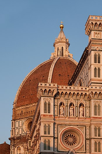 English: The Duomo in Florence, seen at sunset...