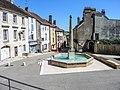 Fontaine, en haut de la rue du Bourg.jpg