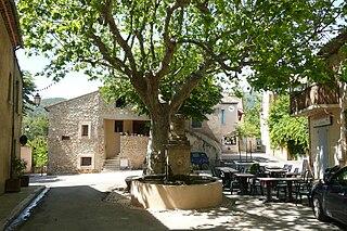 Peypin-dAigues Commune in Provence-Alpes-Côte dAzur, France