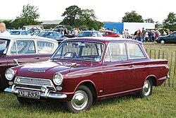 Ford Cortina Mark I reg Aug 1963 pre first facelift.JPG