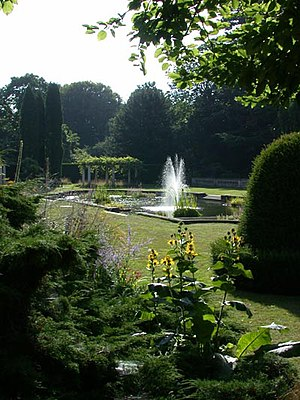 Gardens at The Lodge. The Royal Society for th...