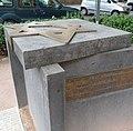 Gedenkstein für die Synagoge - panoramio.jpg