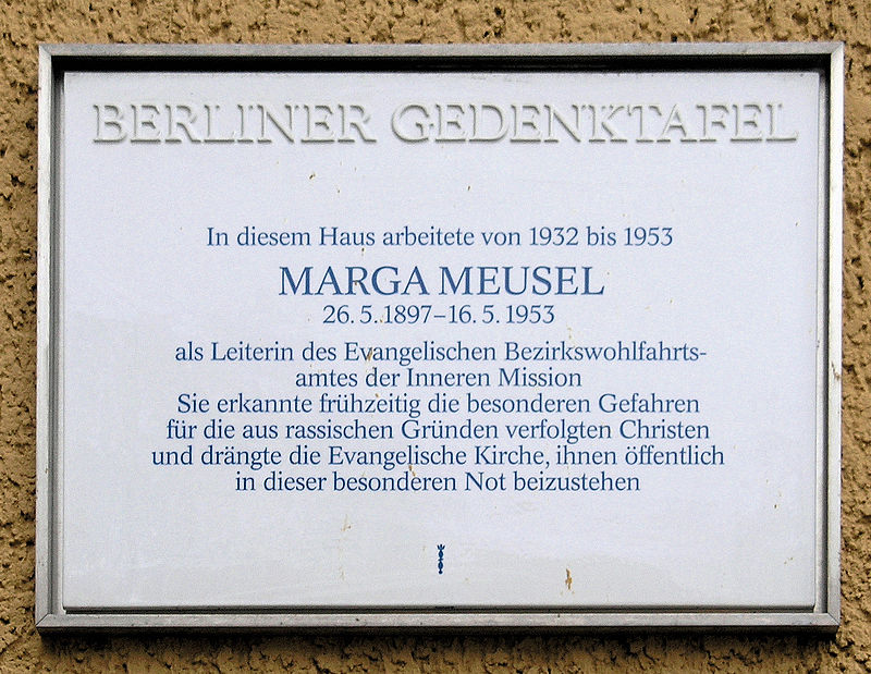 Gedenktafel Teltower Damm 4 Marga Meusel.JPG