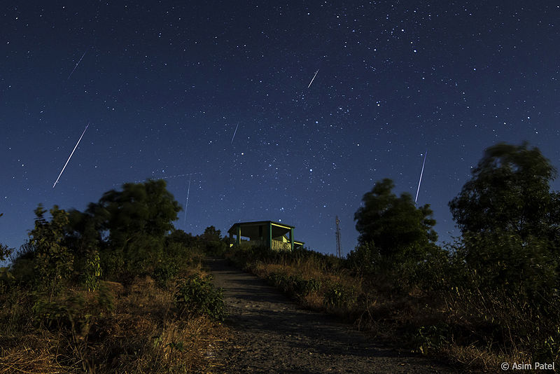 Geminids Meteor Shower in northern hemisphere, Asim Patel, CC:BY:SA