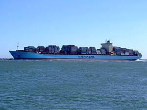 Georg Maersk - IMO 9320257 - Callsign OYGN2, leaving Port of Rotterdam, Holland 04-Aug-2007.jpg