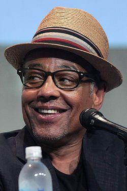 Giancarlo Esposito vuoden 2015 San Diego Comic-Con Internationalissa.