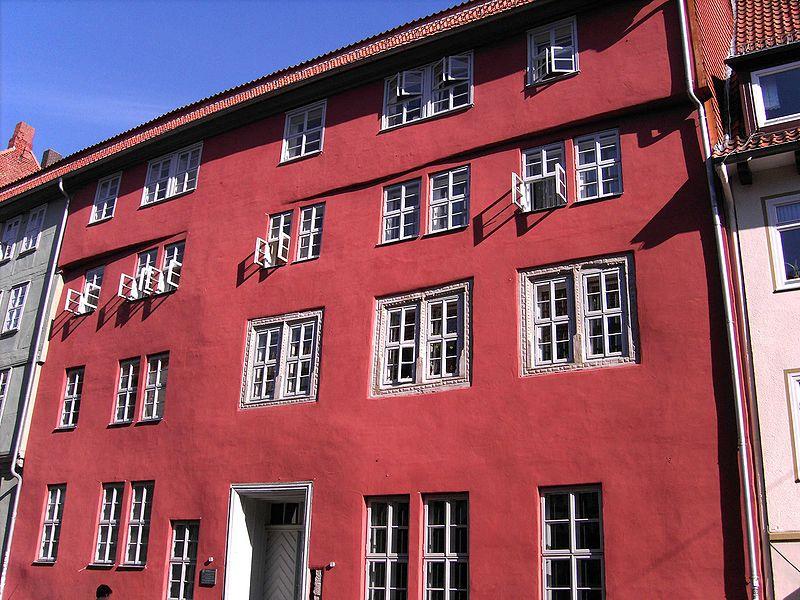 File:Goe.Rote.Str.Haus.JPG
