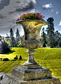 Golden urn (8061929642).jpg