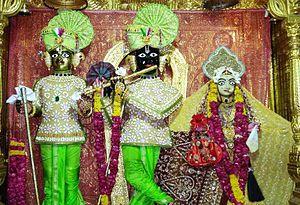 Shri Swaminarayan Mandir, Gadhada - Murtis of Harikrishna and Gopinath in central shrine
