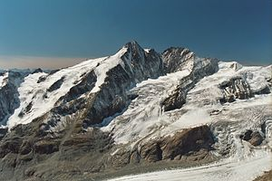 Double summit - The Großglockner with the twin summits of the Kleinglockner (l) and Großglockner (r)