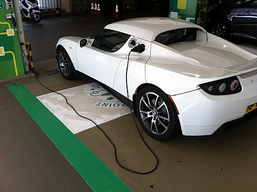 HK Central Star Ferry Multi-storey Carpark EV Electric Vehicle Charging white automobile 9-Dec-2012