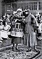 HL Damals – Thora Thomsen – Travemünder Modeschau – Rudolph Karstadt – Städtischer Kursaal – Kostüm – 1921 – Deutsche Kinderhilfe.jpg