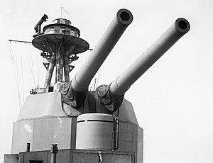 HMS Terror (I03) - The turret and main armament of Terror, 1915