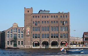 Droste - The former Droste factory at the Spaarne river in Haarlem, 2010. It was converted into a residence building in 2008.