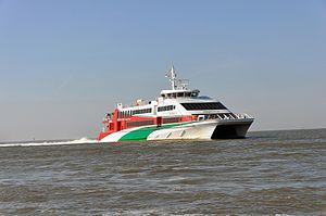 Halunder Jet (ship, 2003) 2012 by-RaBoe 09.jpg