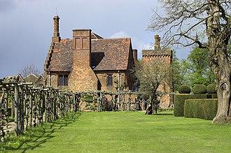 Hatfield, Hertfordshire - Image: Hatfield House the Old Palace geograph.org.uk 1839366