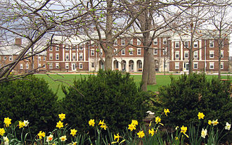 Kalamazoo College - Hoben Hall, seen from Hicks Center