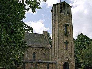 Hazlemere - Image: Holy Trinity Church Hazlemere