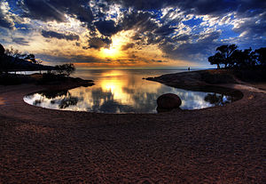 English: Honeymoon Bay, Freycinet Peninsula, T...