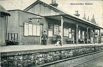 Hawkhurst branch line - Horsmonden station, 1913, with oasts in the background.