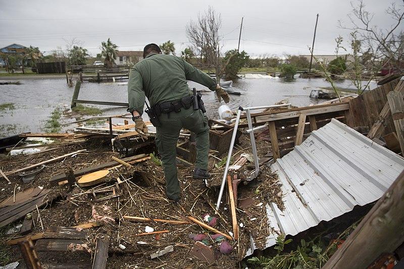 File:Hurricane Harvey (2017)170827-H-NI589-158 (36710026371).jpg