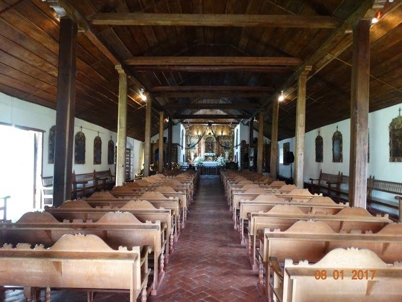 Iglesia Catolica Palomo (Inner view)