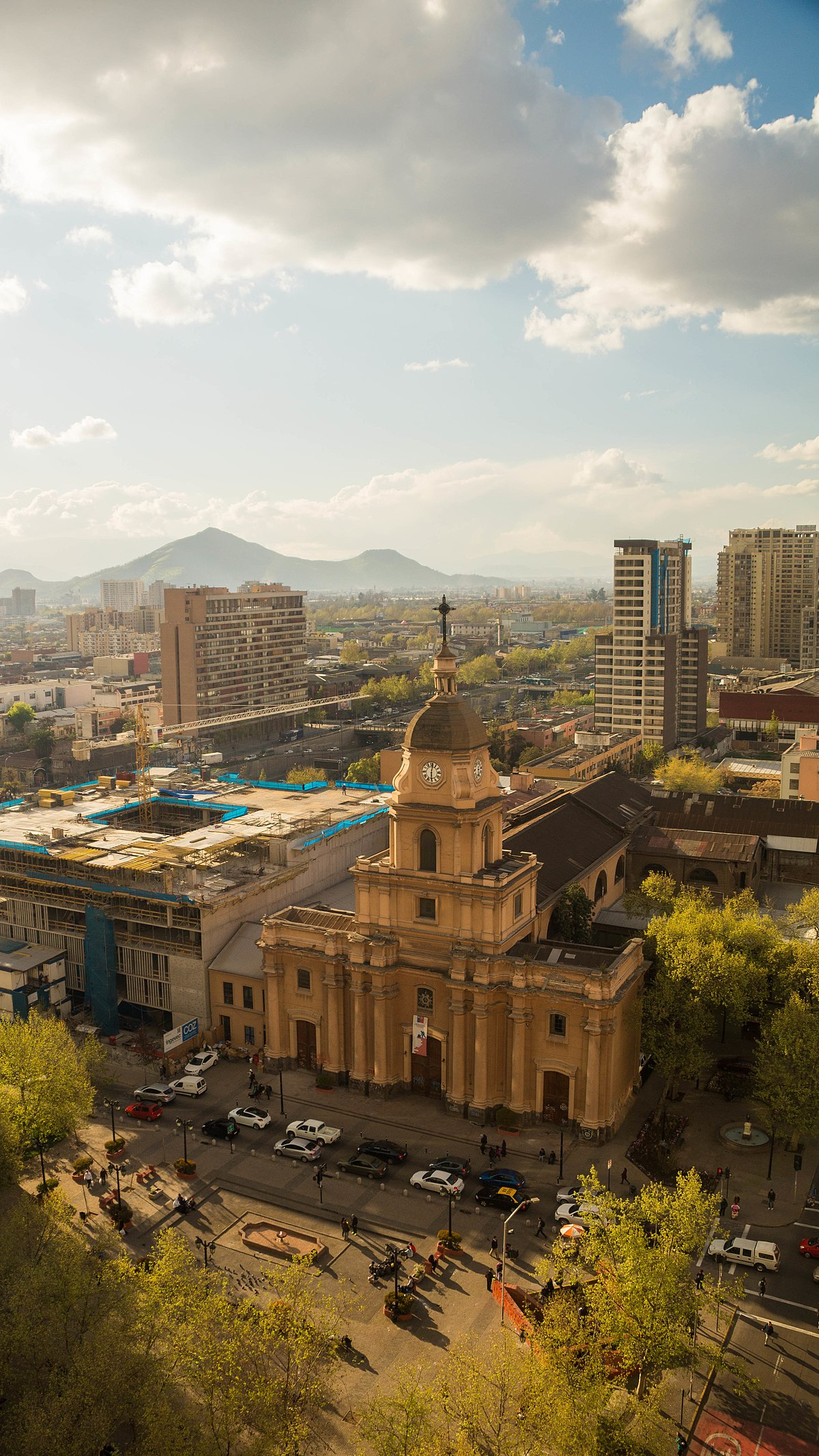 Iglesia de santa ana santiago de chile wikipedia la for Construccion de piscinas santiago chile