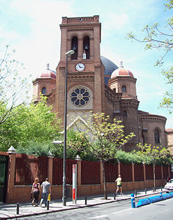 Iglesia de San Francisco de Sales (Madrid) 01.jpg