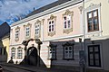In Eisenstadt (38887120325).jpg